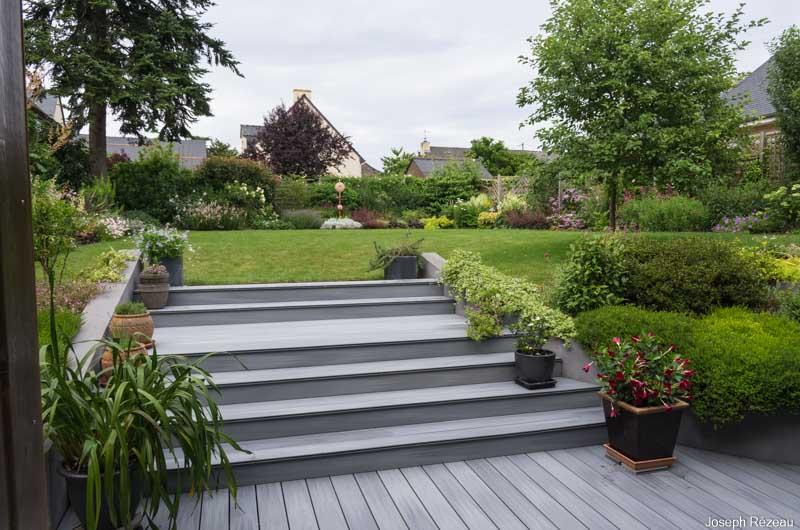 La terrasse et l\'escalier du jardin ont de nouveaux habits – Le ...
