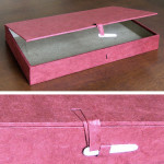 C-Cardboard gift box. Fancy paper. Chinese clasp.